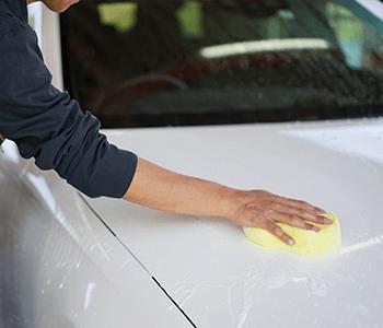 手洗いによる洗車
